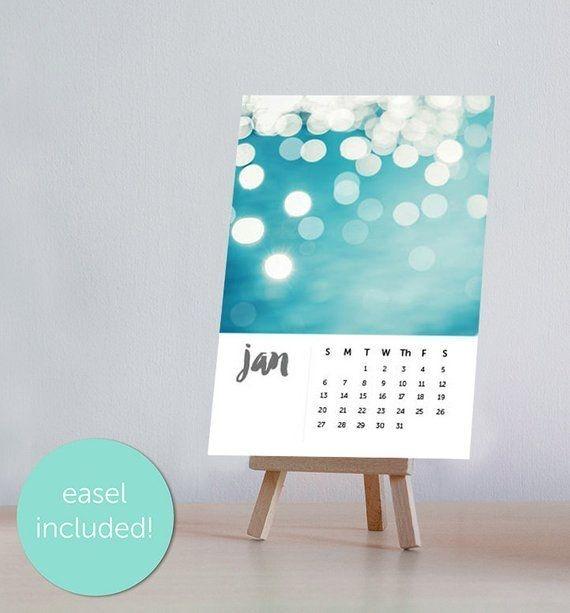 Friends Desk Calendar 2021 - Yearmon